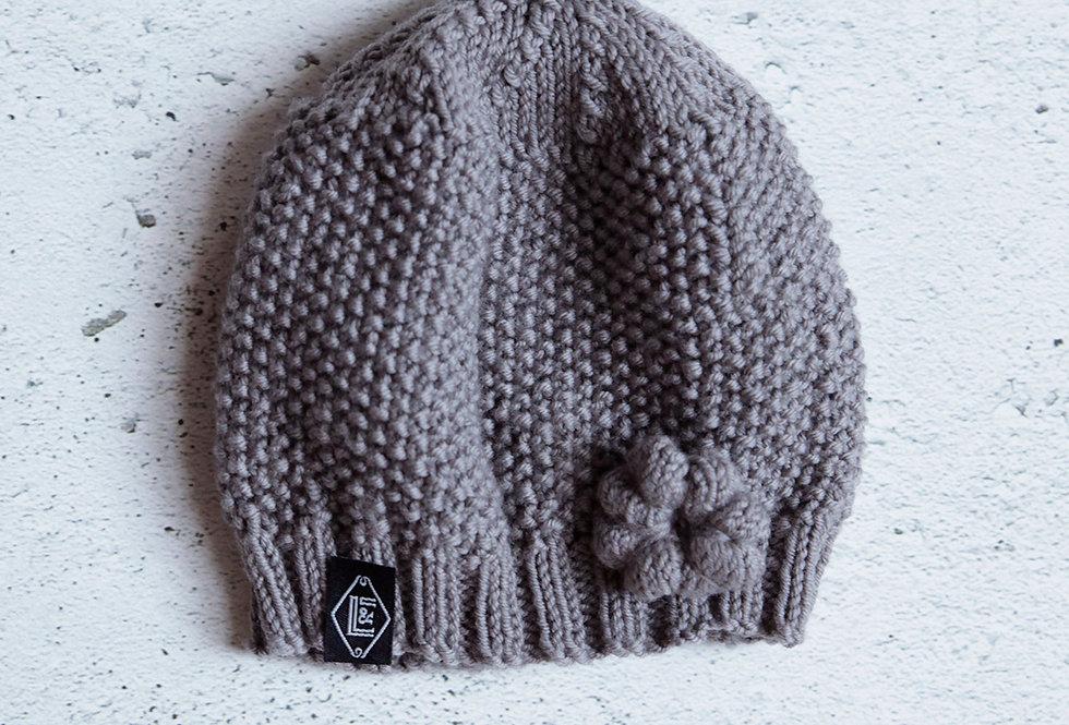 Bonnet point de riz tricoté par Mamie-Lou
