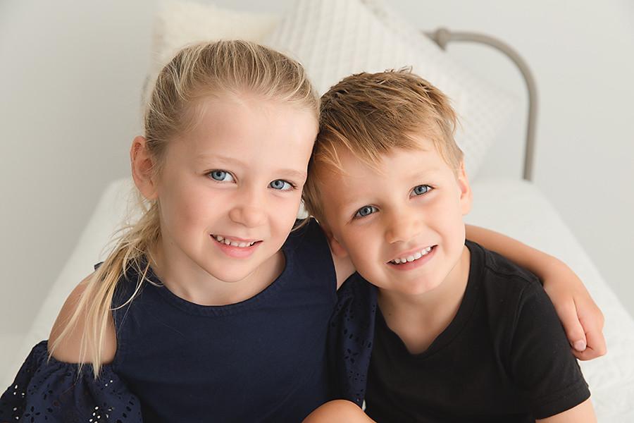 sibling portrait_05.jpg