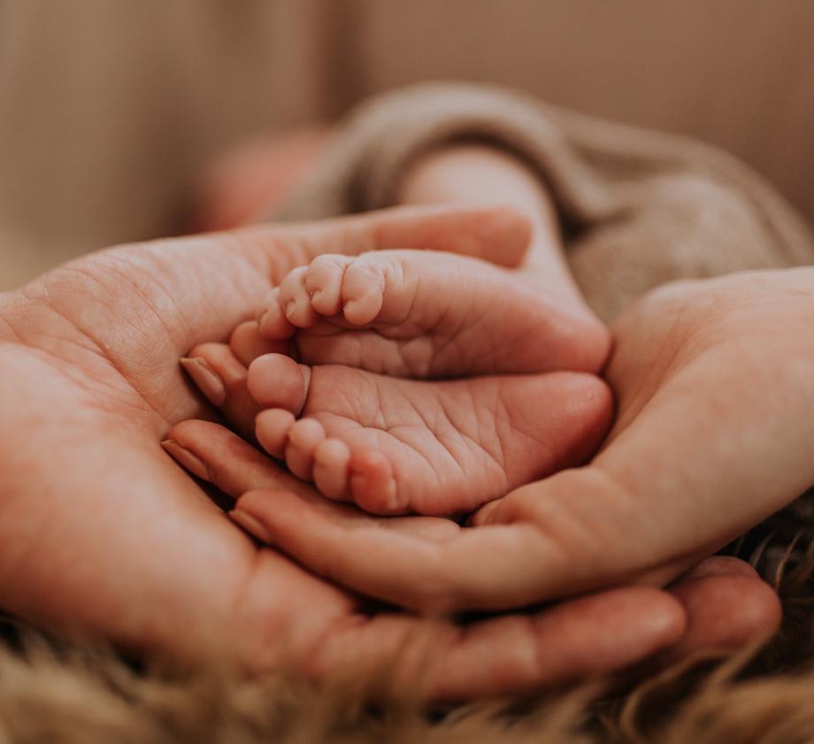 Newborn Baby Home Photoshoot Feet