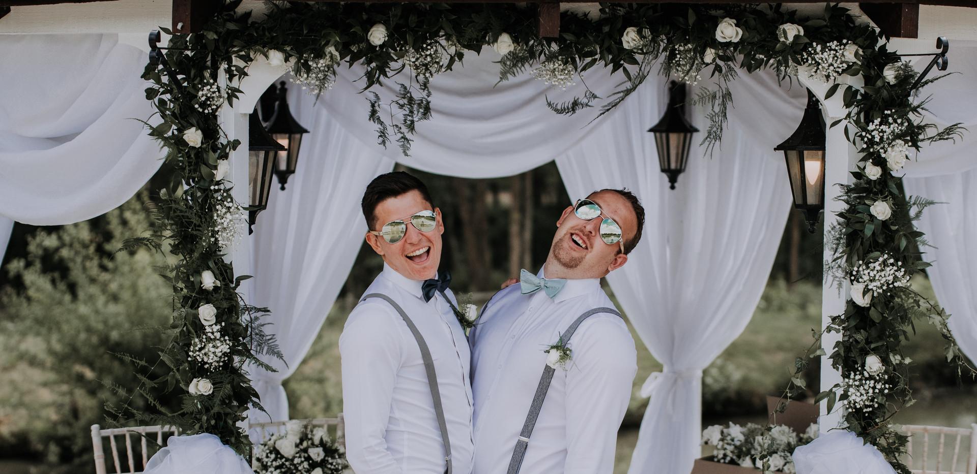 groomsmen at outdoor ceremony