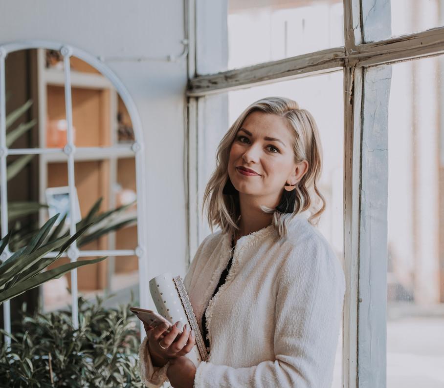 female entrepreneur brand