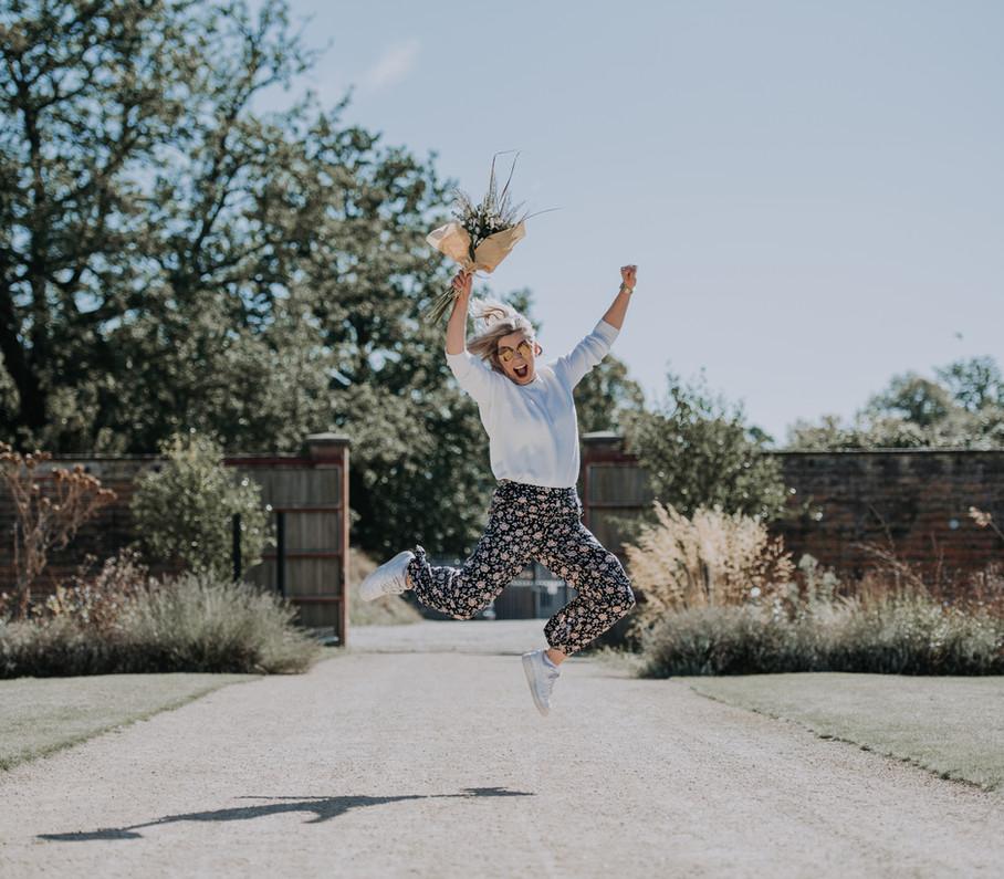 Wedding Planner Jumps. Bluebird Bride Academy