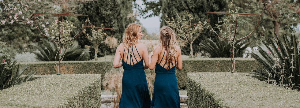 bridesmaids in sicily at wedding