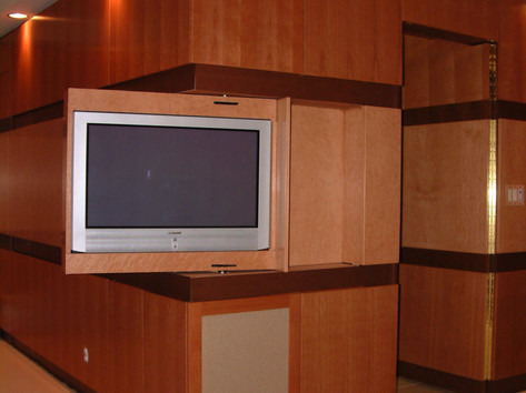 TV IN CORNER OF ARCHITECTURAL WOODWORK - OPEN