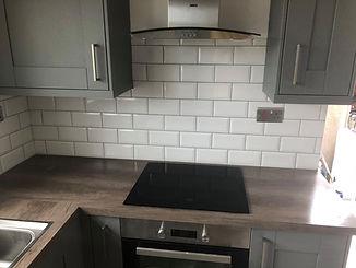 classic white kitchen tiles
