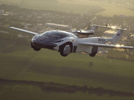 Carro voador realiza a primeira viagem intermunicipal