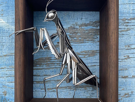 Artista cria esculturas de animais a partir de talheres e sucatas de metal