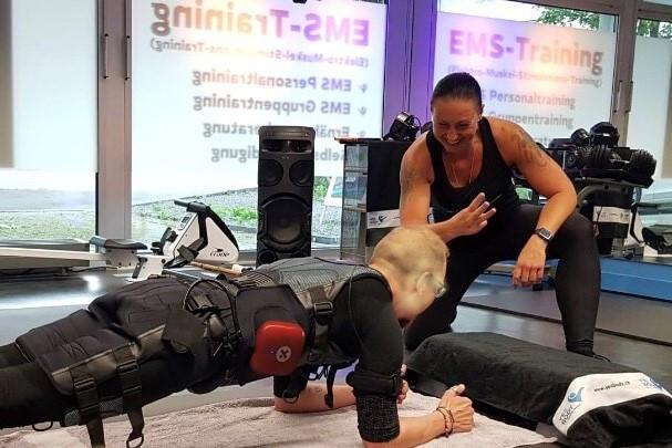 EMS Trainer werden - www.yesbody.ch