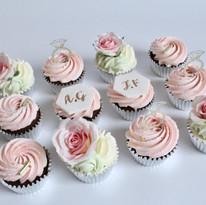 Floral Engagement Cupcakes