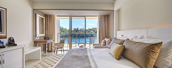 Luxury-Junior-Suite-Ocean-View_3313.jpg