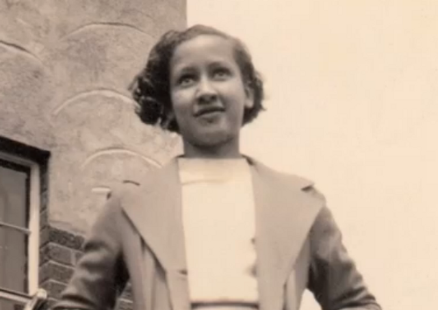 KATHERINE JOHNSON. AFRICAN AMERICAN MATHEMATICIAN.