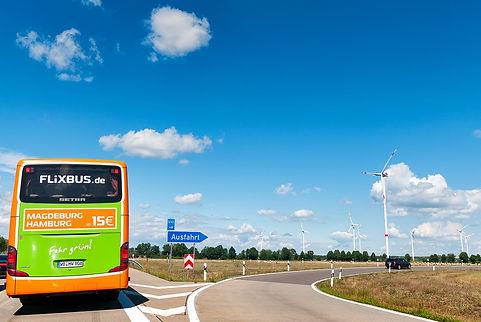 flixbus-2461656_960_720.jpg