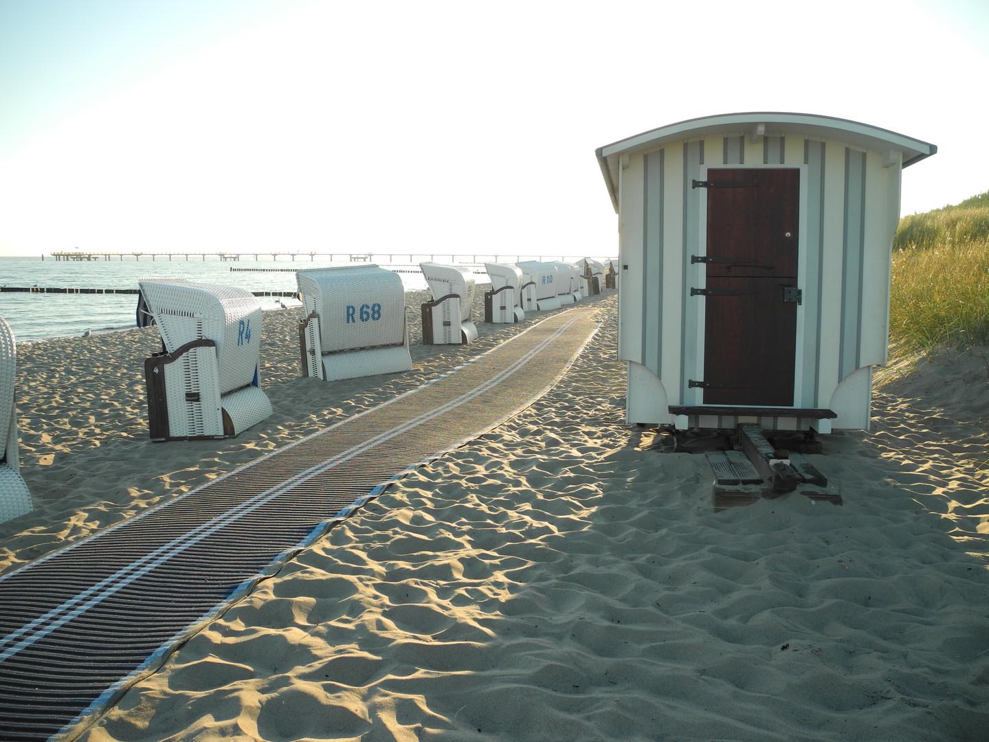 beach-3728257.jpg