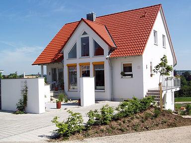 house-66627_1920(1).jpg