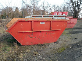 container-670078_1920.jpg