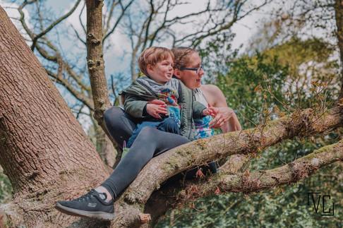 Family photoshoot forest-22.jpg