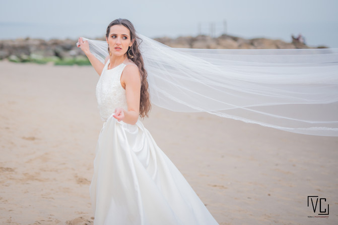 wedding_veil_beach_WM.jpg