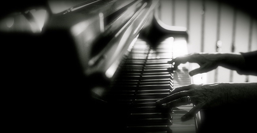 piano blur.jpg