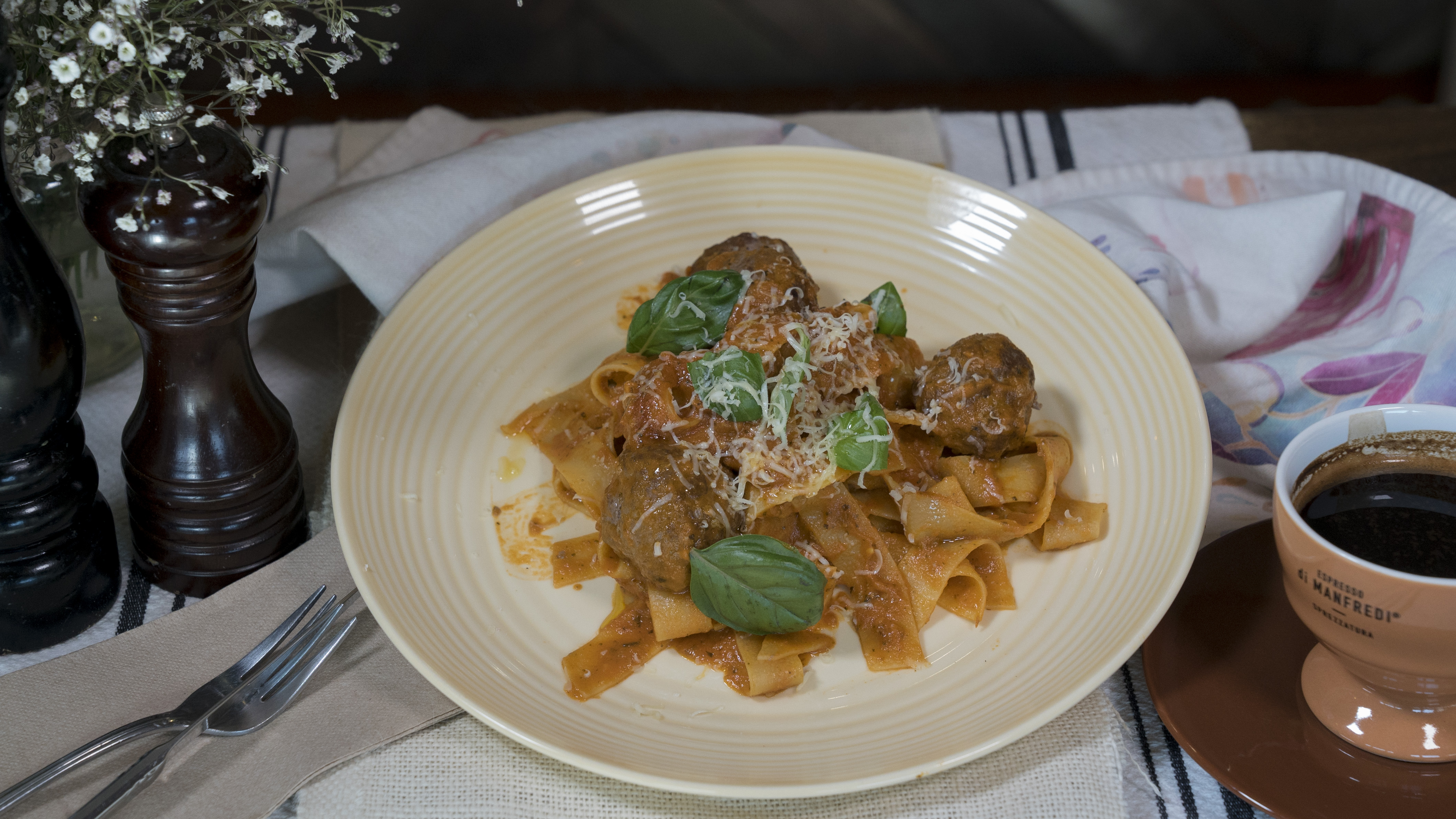Pappardelle with meatball