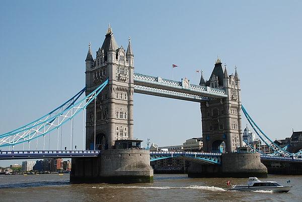 tower-bridge-959485_640.jpg
