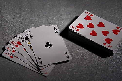 playing-cards-1201258_640.jpg
