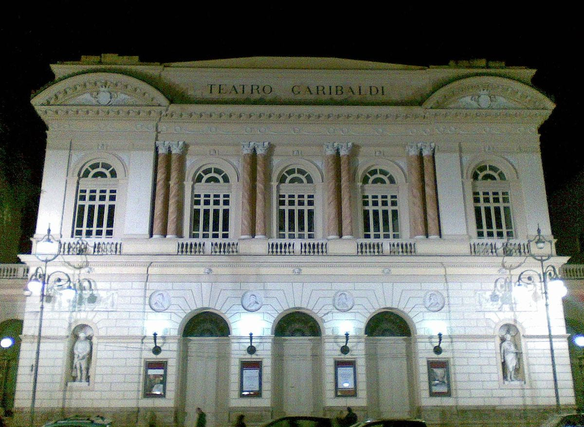 1200px-Teatro_Garibaldi_SMCV.jpg