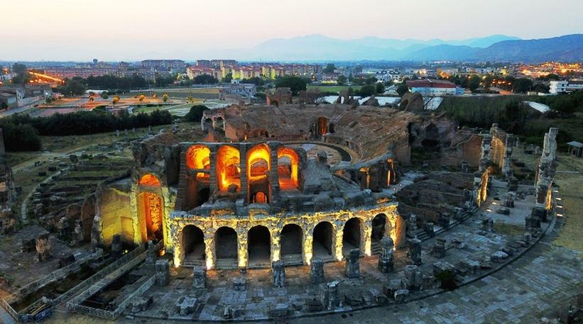 Anfiteatro-Campano-Capua-Foto-Scabec.jpg