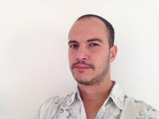 Antonello Centomani (ospite) - Napoli '79, fondatore Movieday, fondatore Collateral, Startup Mentor, Film curator and programmer, Premio iC-innovazione Culturale Cariplo, PHD CandidateIULM, Lettere Federico II, Premio Cambiamenti CNA, Premio Startup & Restart, Premio Open Compagnia San Paolo, Premio Edison Pulse Sharing Economy, Premio Startup in rete Fabriq.