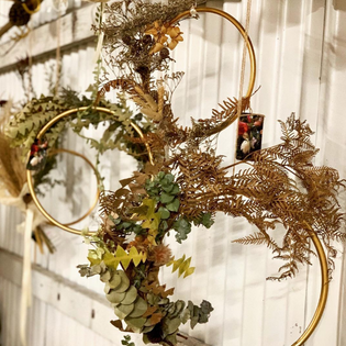 wreath gold villa floretti workshop.png