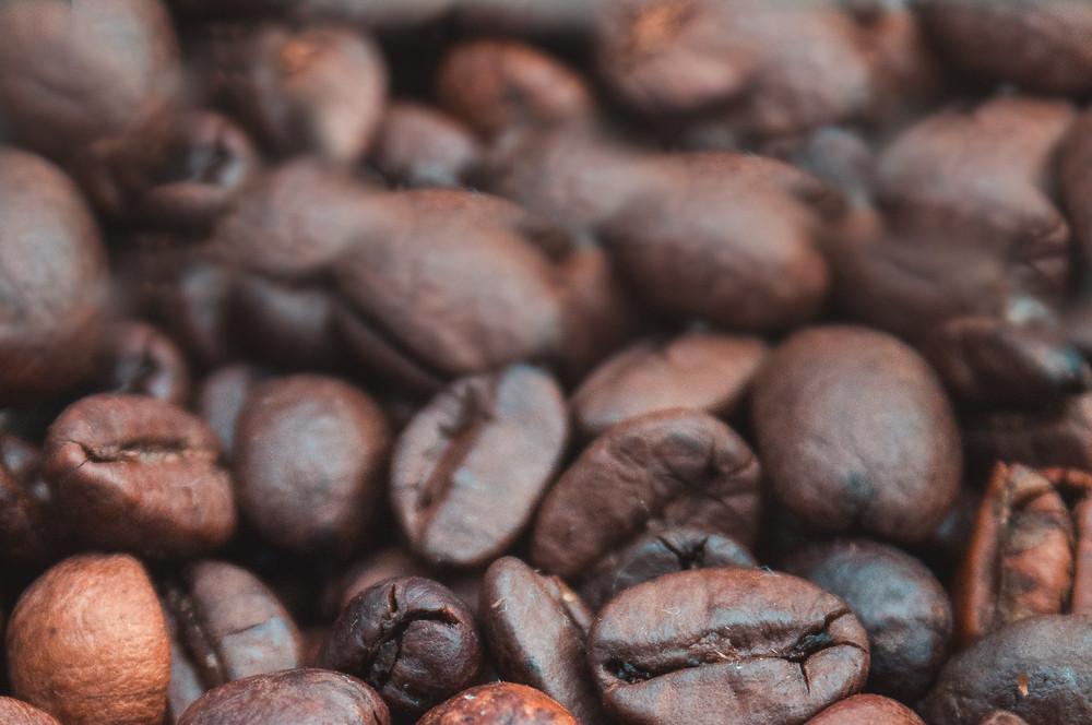 ziarna kawy świeżo palonej Brazil Santos