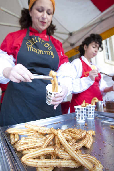 Churros mummy filling cups