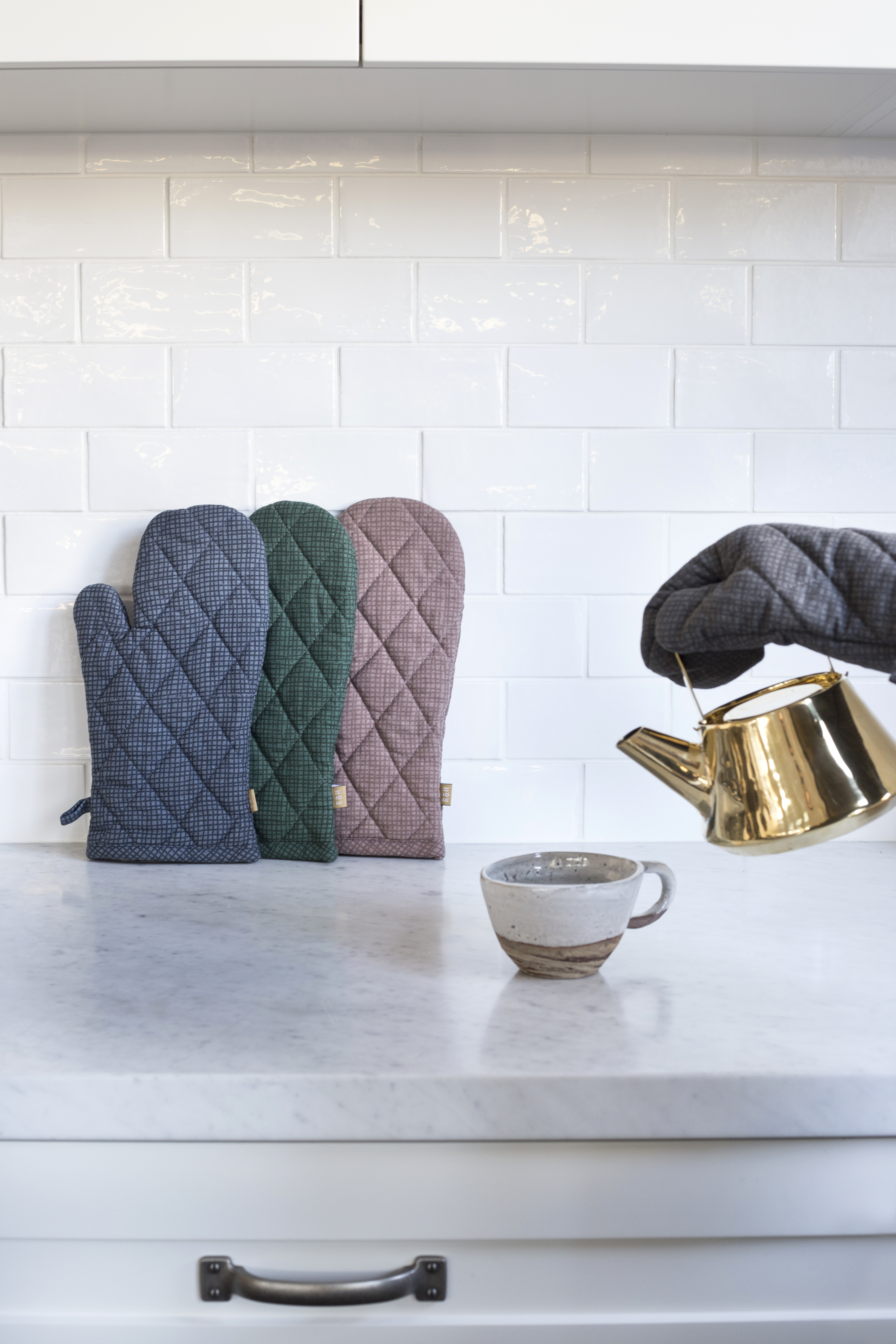 Swan Lake - Kitchen Accessories