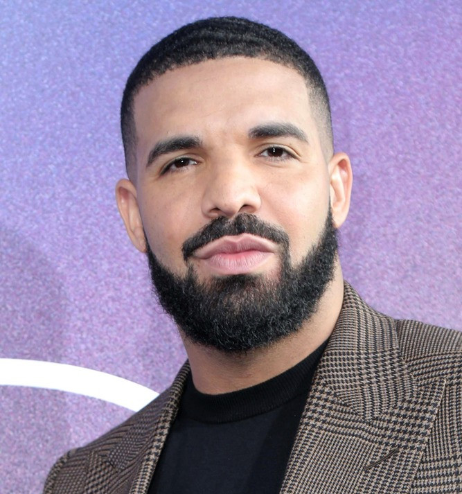 Drake Says He's 'Self-Conscious About My Music' During 2021 BBMAs Artist of the Decade Speech