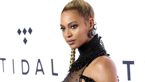 Beyoncé Surprises Young Brain Cancer Survivor