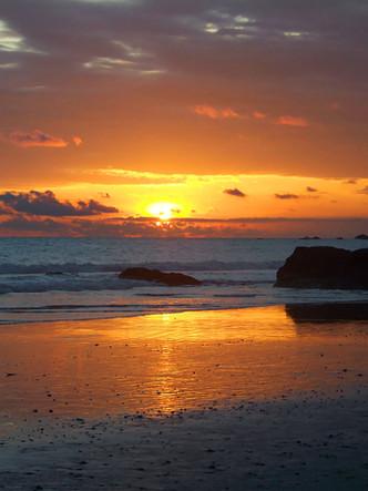manuel-antonio-sunset-brilliant.jpg