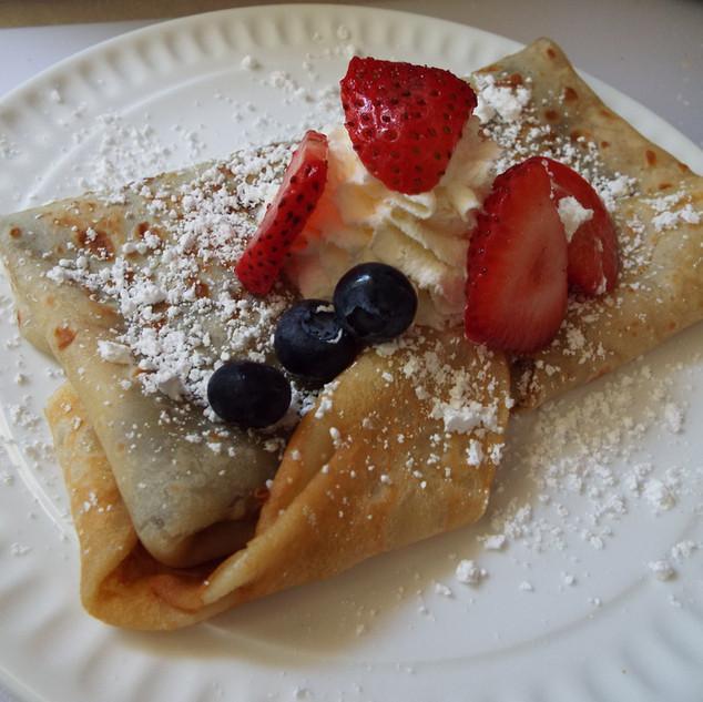 fruit crepe dessert