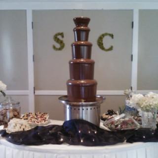 chocolate fountain wedding