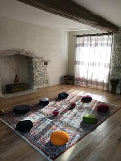 Salle de yoga et méditation