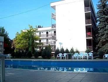 hotel4[1].jpg