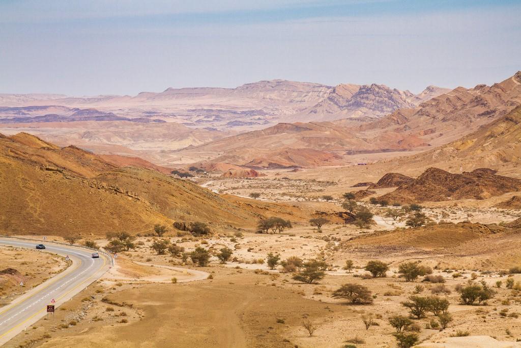 htesh Ramon - Best desert town  for hiking in Israel - Nationalt Israeli trail best part