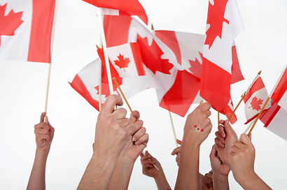 waving-canadian-flags-425x282.jpg