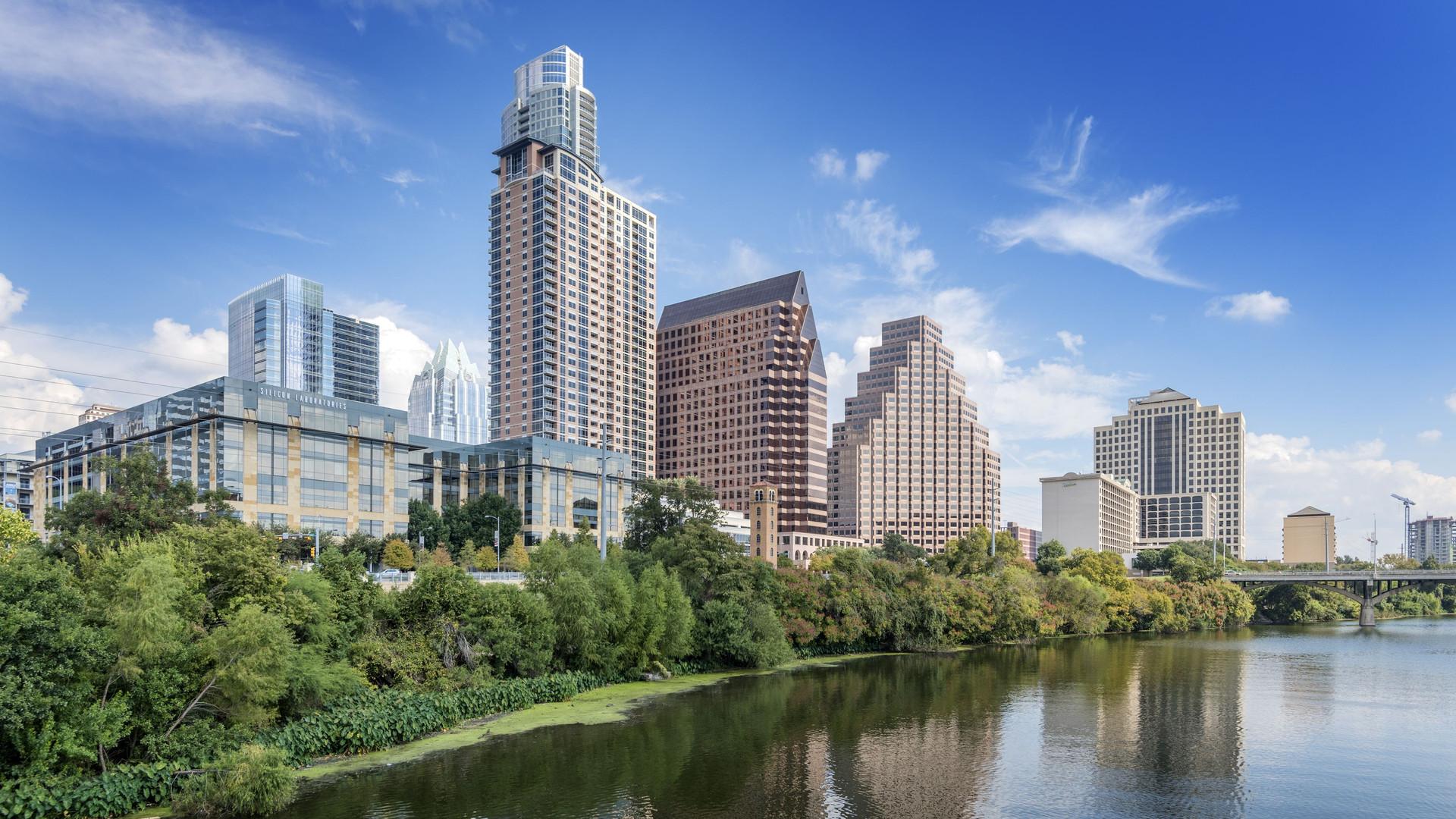 Austin Skyline 4403.jpg