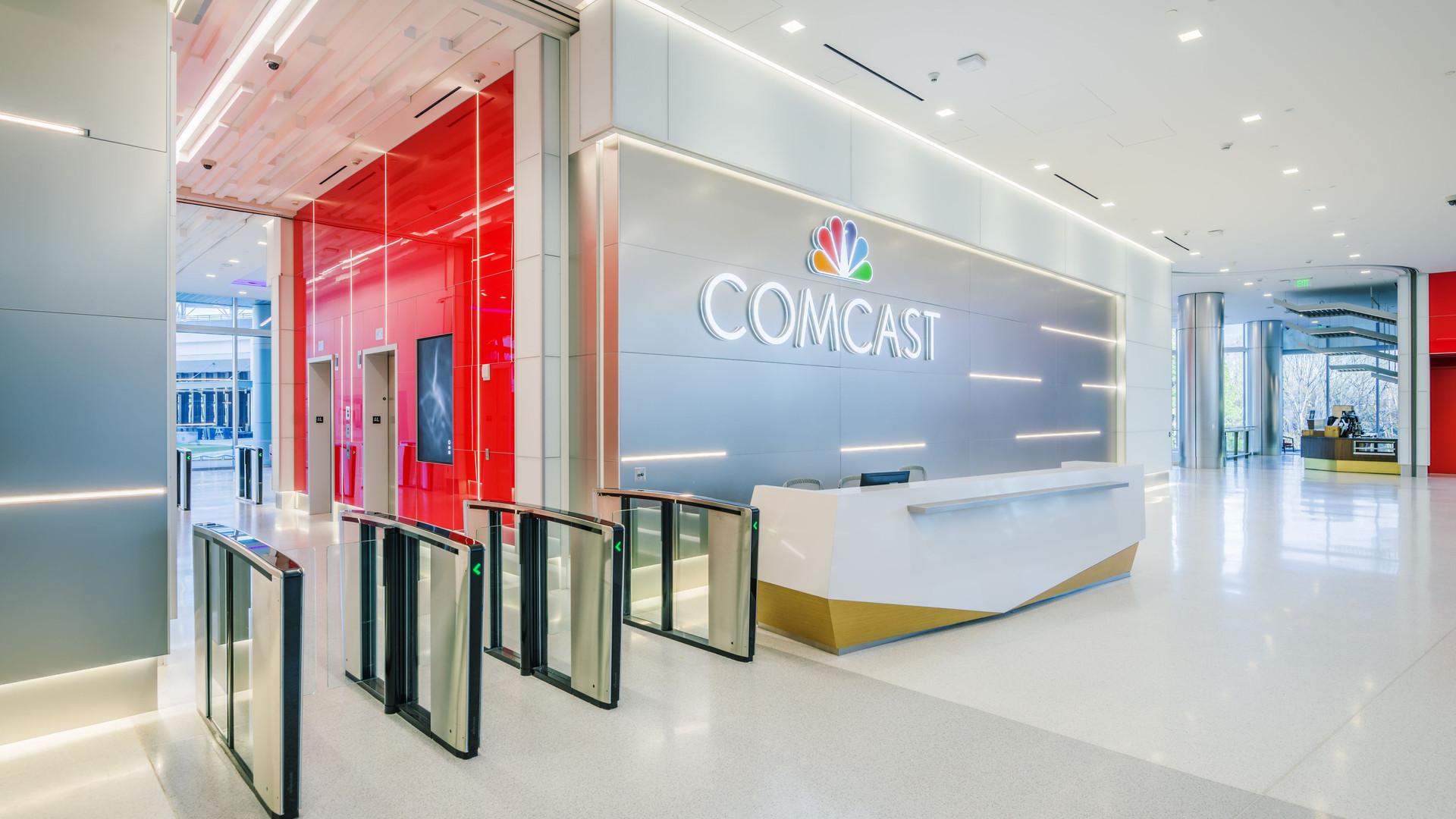 comcast-ballpark-center-int-6037.jpg