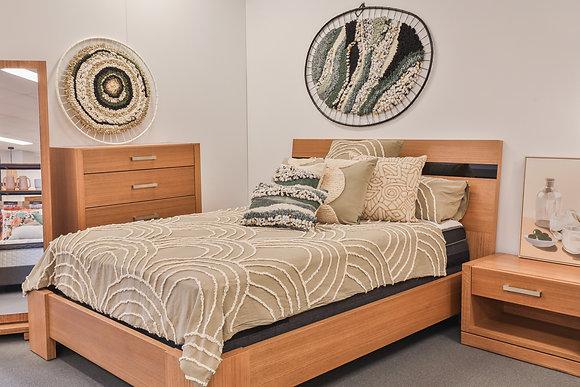 Bedroom Suite in Nutmeg and Black Glass - 147910