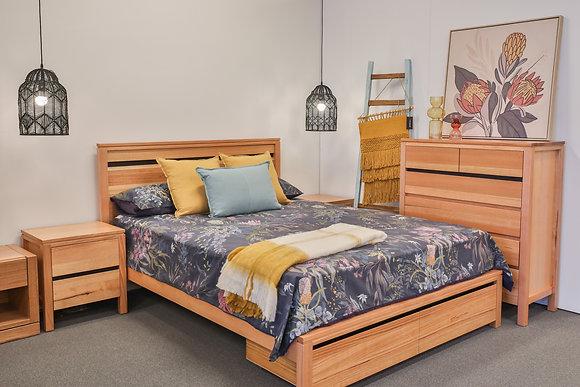 Queen Bed with Drawers in Tassie Oak - 148564