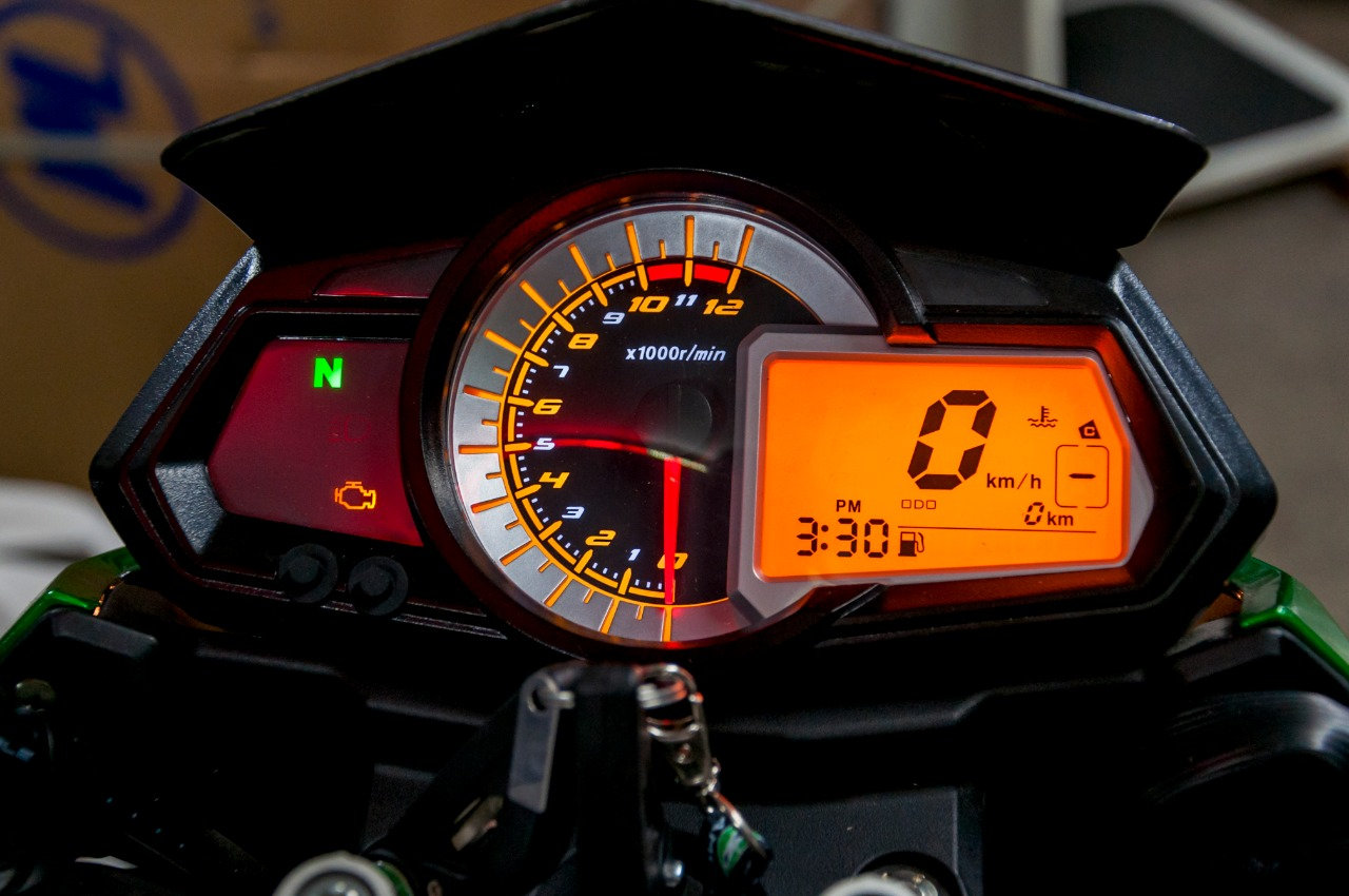 Service TNT 25 h/600 km