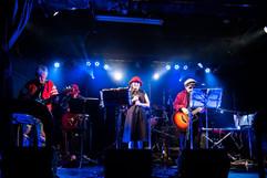 ひばり昭和歌謡楽団(バンド)