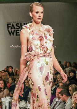 MPM Photo Fashion Show 457 MR pale. resize