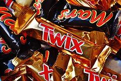 candy-bar-1735659_1920.jpg