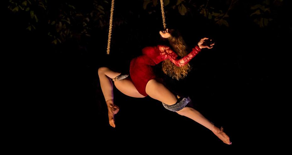 AERIAL DANCE TRAPEZE GOA, INDIA